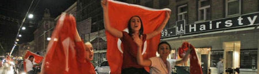 Slide Turkse Trots