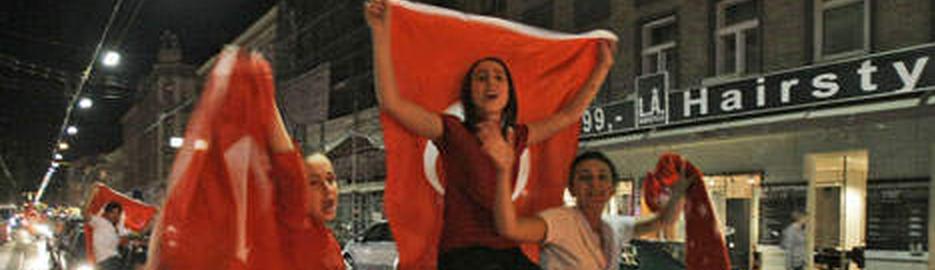 Turkish leaders in CSR Reporting
